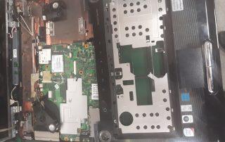 Przełożenie matrycy w laptopie Toshiba