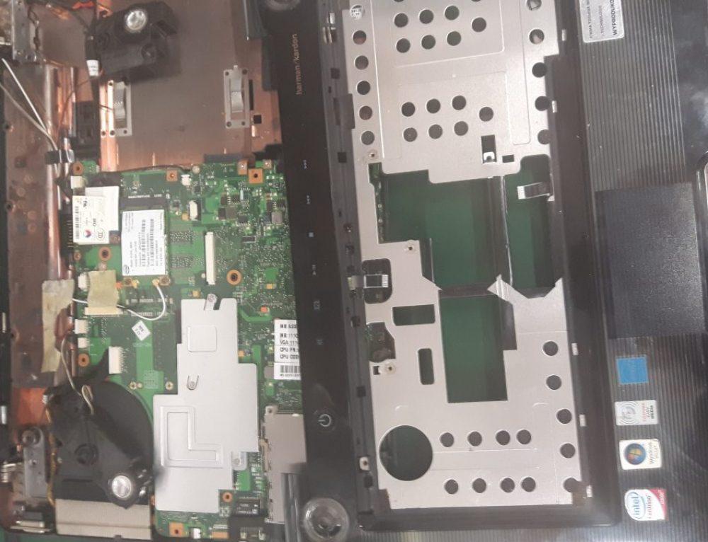 Przełożenie matrycy z jednego laptopa Toshiba do drugiego laptopa Toshiba